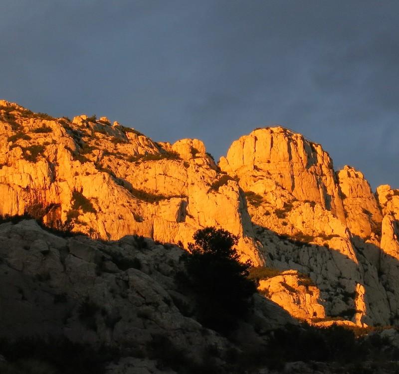 Klettern mit outwärts in der Calanques